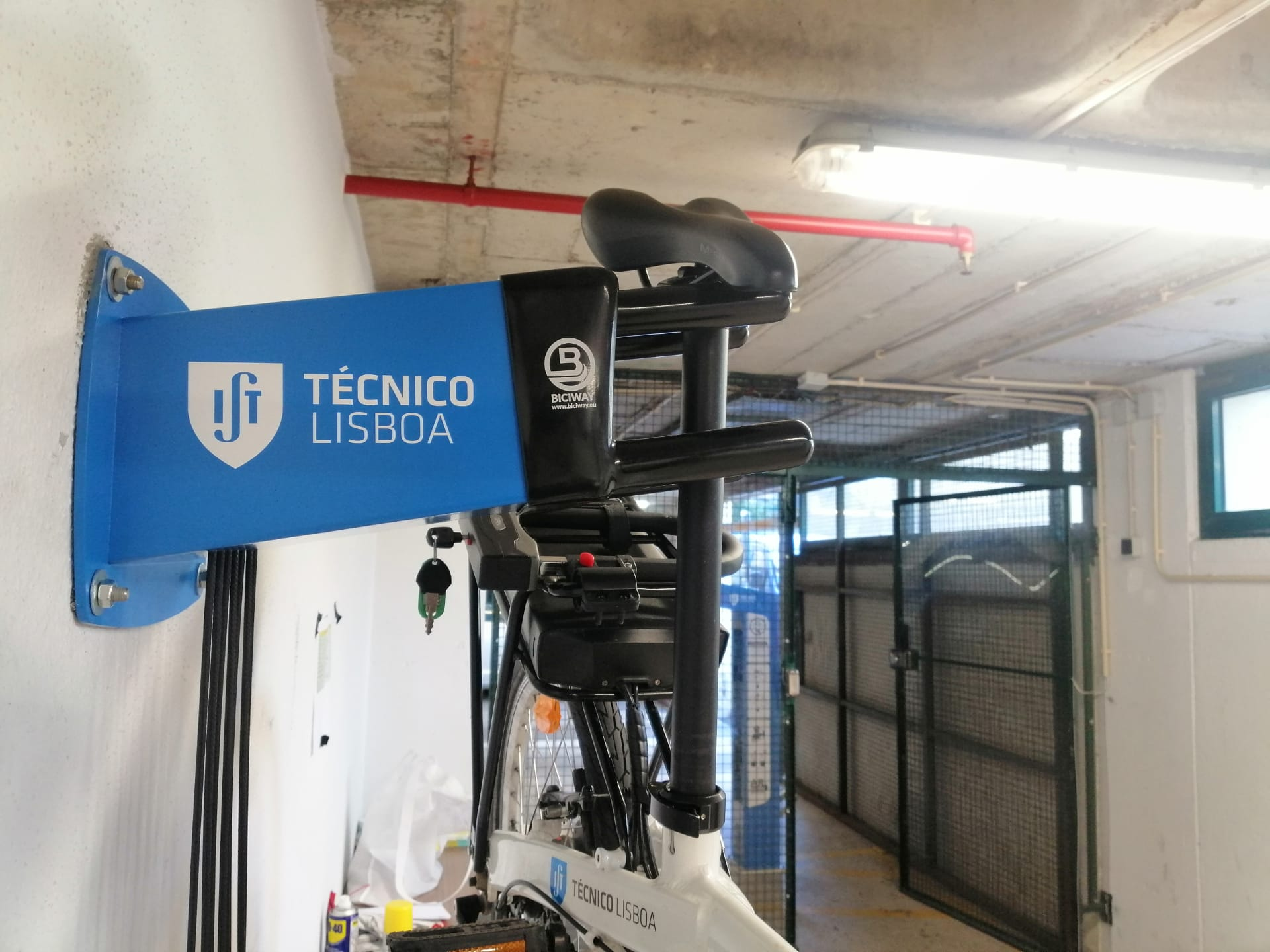 Instituto Superior Técnico (Engineering University in Lisbon) is now Bike Friendly with Biciway