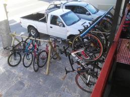 Darios-cafe-bike-parking