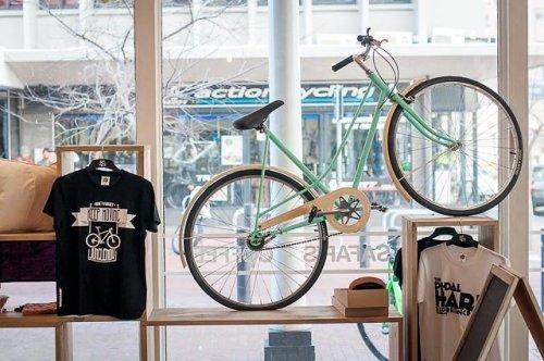 &Bikes Cafe & Shop