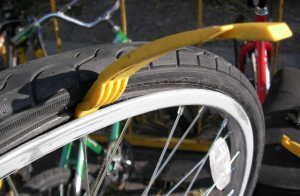 Initial Lever Position to Remove Tire