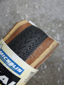 New in the packaging training skinwall Michelin tyre - 700c x 25c
