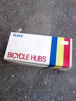 Suzue CSH hubs small flange, light alloy in black