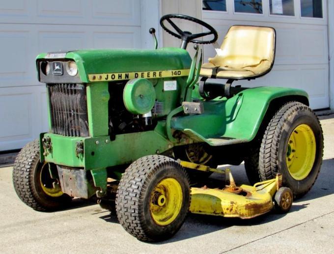 Vintage John Deere Garden Tractors