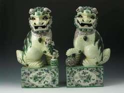 Pair of Qianlong Famille Verte Foo Lions