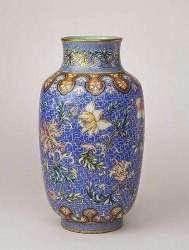 Famille-Rose-Yangcai-Fencai-Chinese-Porcelains