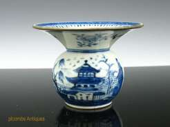 18th C. Chinese Export Canton Spittoon