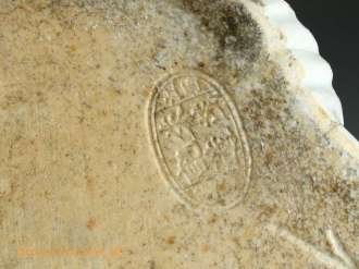 Seal mark porcelain buddha