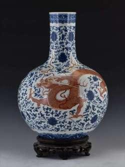 Qianlong fake vase