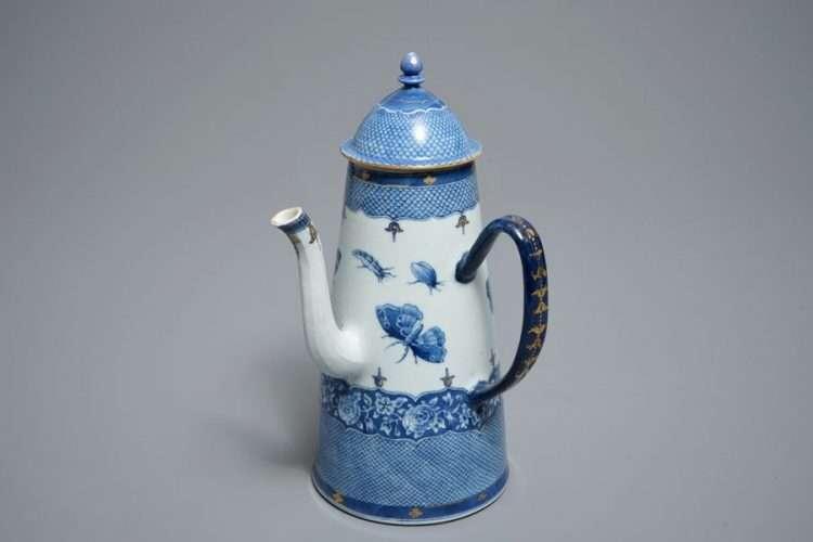 Qianlong Chocolate Pot