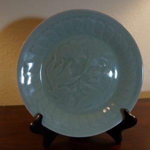 Antique Chinese Porcelain Long-Quan Celadon Gold Fish Dessert Pie Plate 8″
