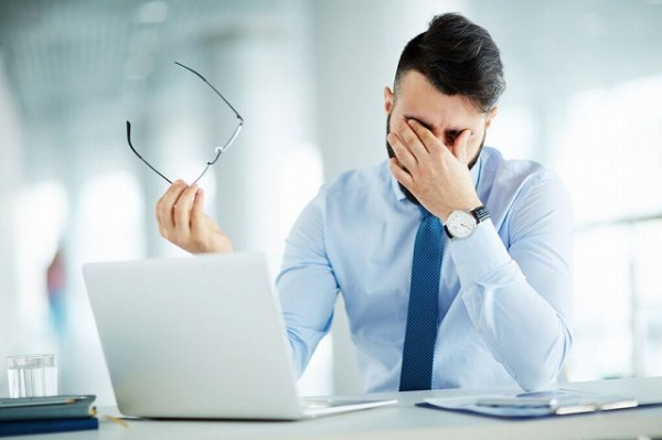 58944785_m-600x399 目の疲れにおすすめサプリ3選|仕事中でも簡単にできる予防法とは?