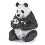 Panda assis et son bébé
