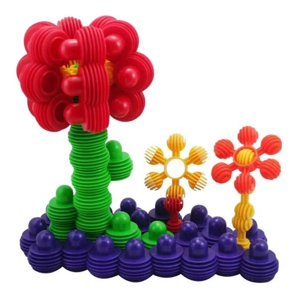 Le jeu de construction boules emboîtables est constitué de pièces de 5 formes et 5 couleurs vives différentes ce qui permet d'augmenter les possibilités de construction à l'infini. Toutes les pièces sont en matière plastique souple.