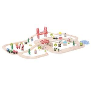 Le circuit en bois route et rail a 80 pièces.