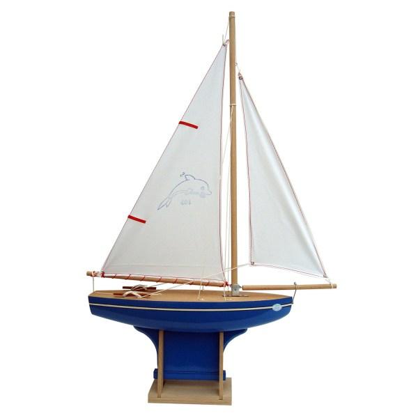 Voilier en bois à quille carrée avec une taille de 35cm et une coque bleue