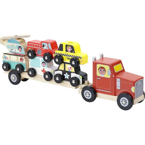 Empil'auto en bois avec un camion et une remorque avec trois piques où sont empilés hélicoptère bus camion de pompier ambulance taxi et voiture de police