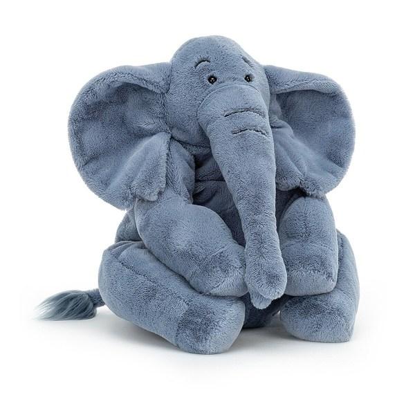 La peluche éléphant Rumpletum est un bon gros éléphant bleu tout doux qui convient aux enfants dès l'âge de 1 an. Avec ses grosses pattes, il aime bien aller se promener mais cherche aussi toujours une place pour s'asseoir. Il tient bien assis sur son derrière !