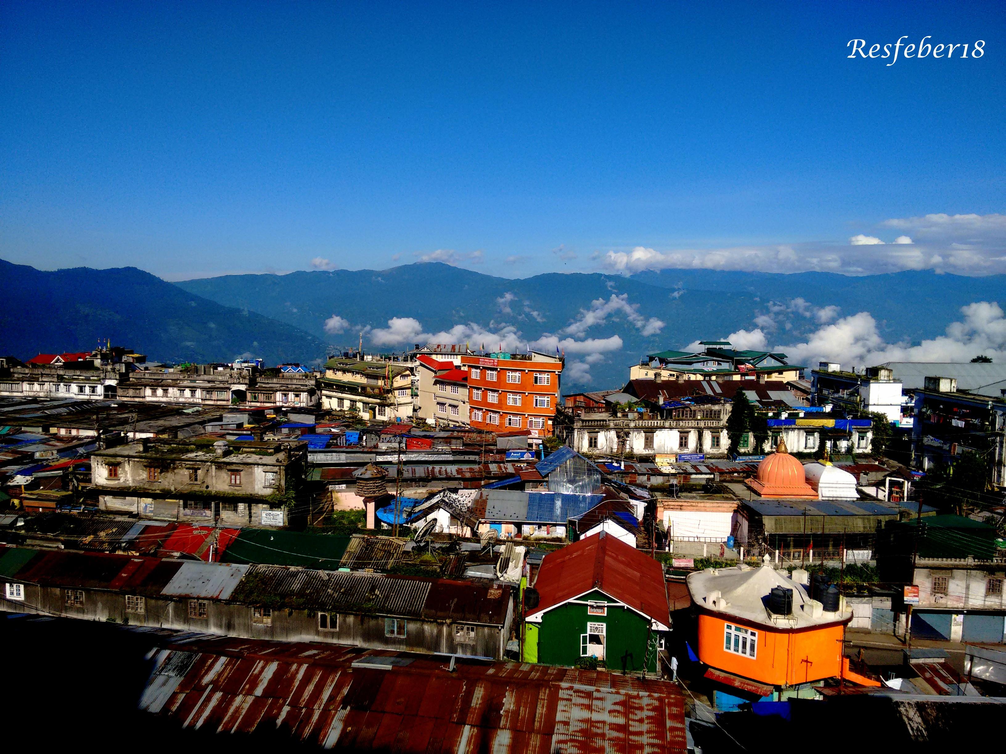 Darjeeling – On a clichéd touristy trail.