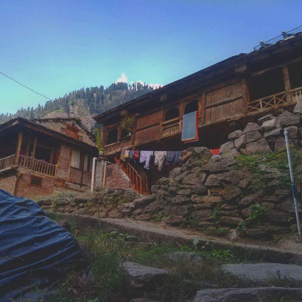 A village on the way to Manali 2018