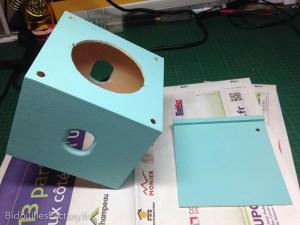La boîte après peinture du fond