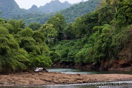 thnog-pha-phum-river-thailand