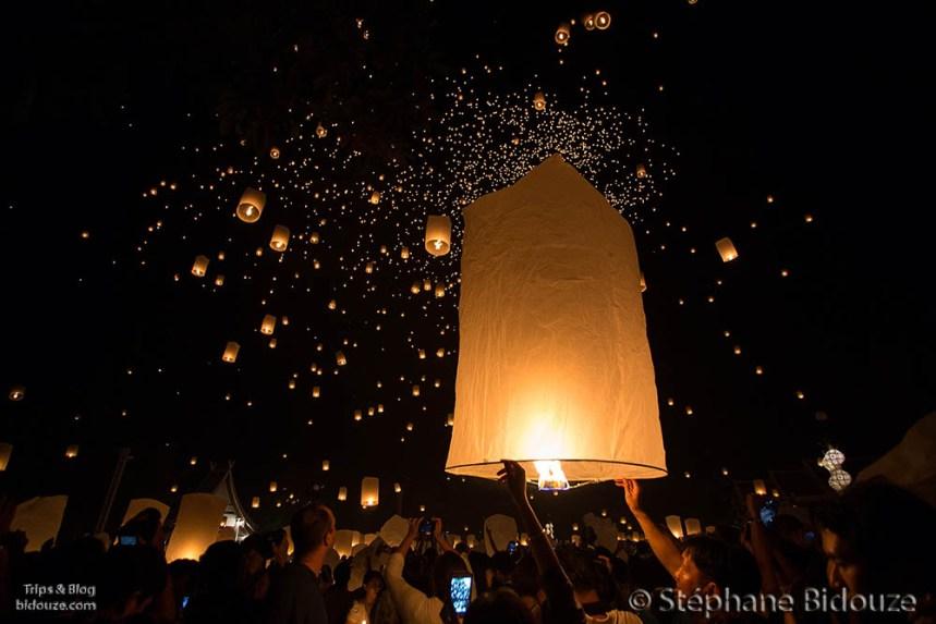 Le festival des lanternes volantes de Yi Peng 2013 à Chiang Mai