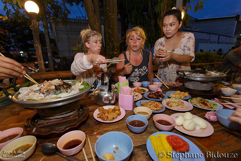 uttaradit-food-restaurant-thailand