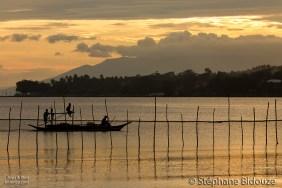 fishing-boat-philippines-sunset