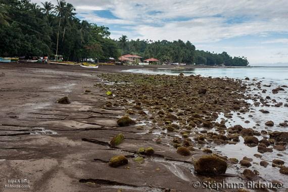 yumbing-beach-camiguin-philippines
