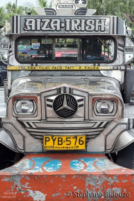 jeepney-manille-philippines-transport