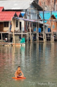 kids-floating-koh-panyi