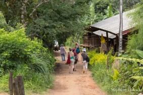 village-Mae-Klang-Luang-path