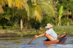 vietnam-rameur-barque