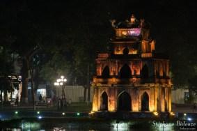 stupa-carré-lac-hanoi-Hoàn-Kiếm