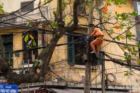 hanoi-technicien-reseau-electrique-cables