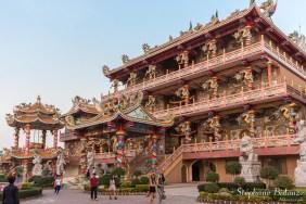 Thepsathit-Phra-Kiti-Chalerm-Chinois-temple