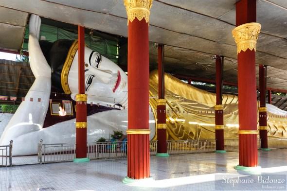 bouddha-allongé-amarapura