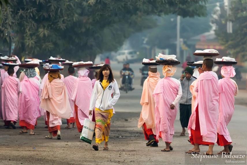 Nyaung-oo-bagan-nonnes