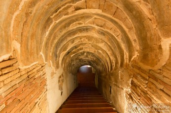 tunnel-marches-umong-wat-chiang-mai-temple