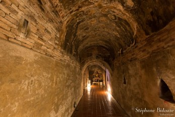 tunnel-souterrain-wat-umong