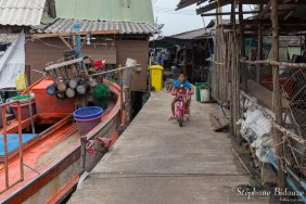 enfant-thai-velo-village