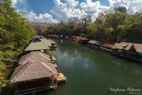 sai-yok-raft-flottant-bungalow