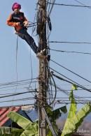 thailande-electricien-cables-public