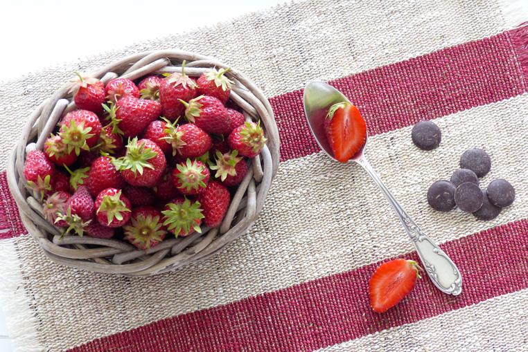 coupelle-de-fraise-et-chocolat-Bidule-et-cocotte