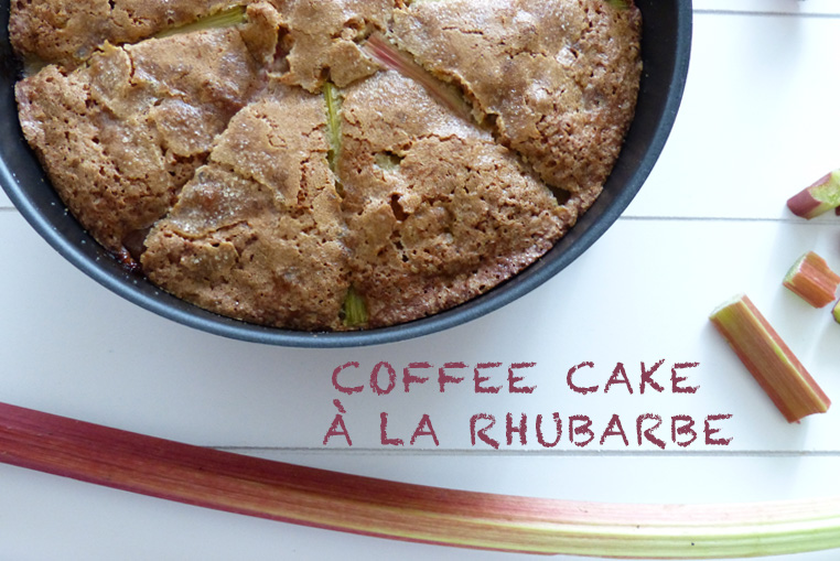 coffee-cake-à-la-rhubarbe-photo-bidule-et-cocotte