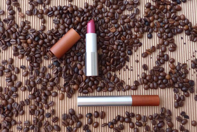 Colorisi-maquillage-au-café-1