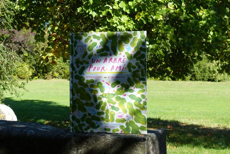 livre-un-arbre-pour-ami-gallimard-jeunesse-2
