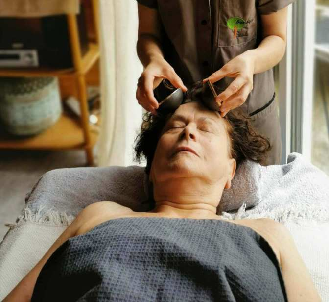 Massage liftant visage et buste kansu