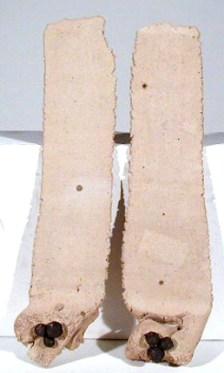 Margarida Leão, 1998 LÍNGUAS CERÂMICAS Conformação à Lastra e Modelação 49 x 11 cm