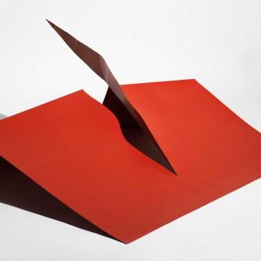 José Rodrigues (AO) Sem título, 1970 Escultura em ferro 54 x 65 x 128 cm